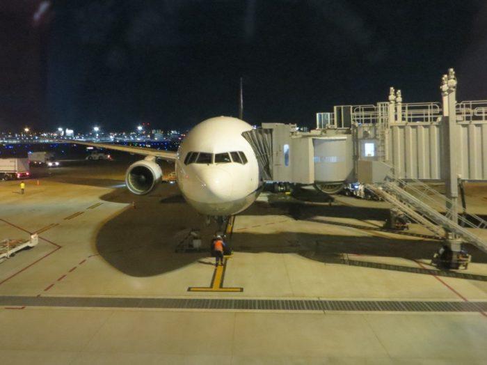 福岡空港に停まる飛行機